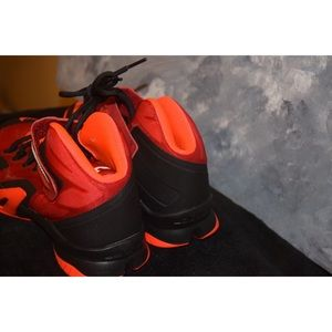 Nike Shoes - Nike Zoom LeBron Soldier 8 GS